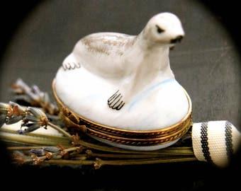 Vintage Limoges Box Young Seal       Sku: L264