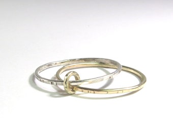 T R I N I T I... 1 + 1 = 3 Silver, yellow gold, Rosé Gold family ring