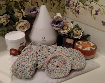 Spa Set, Crocheted Spa Set, Bath Set, Crocheted Bath Set, Spa Washcloth, Spa Scrubbies, Soap Saver