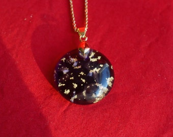 Murano glass pendant with 24k gold inclusion