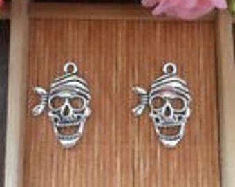 Silver Charms Pirate Skull x6