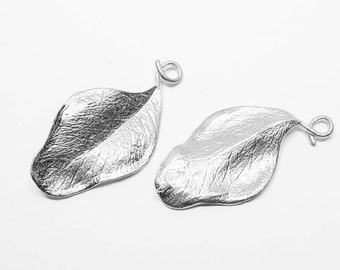 P0500/anti-Tarnished Matte Rhodium Plating Over Brass/Leaf Pendant /19x38mm/2pcs