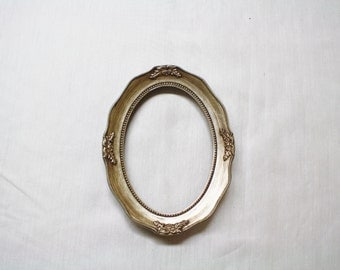 5x7 Oval Frame with Acrylic Dome