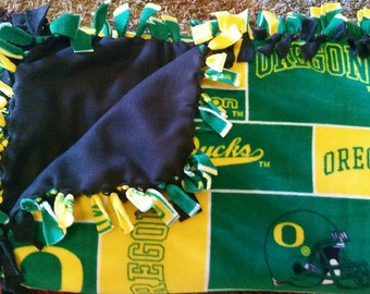 Oregon Ducks (2yd) Handmade Fleece Blanket