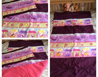 Horse quilted throw blanket with pillowcase