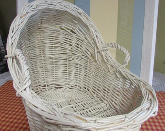 Wicker bassinet white for VINTAGE doll Wicker Baby Bassinet mid-century bassinet baby with handles vintage white wicker basket