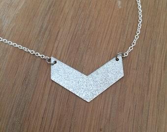 Chevron (silver) necklace