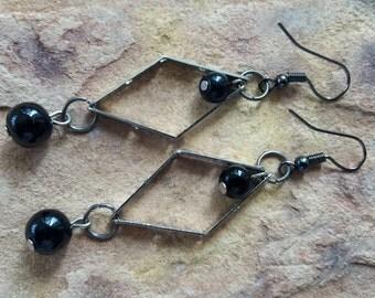 Geometric earrings dangle drop earrings statement/beaded/handmade/stylish/modern/fashion/elegant/wedding/bridesmaid/gift friend/earrings