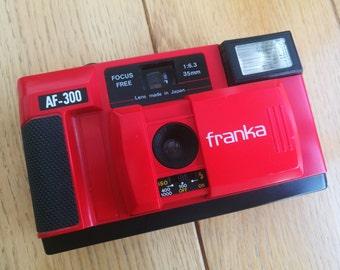 Plastic fantastic Holga Diana Toy style 35mm film camera - Franka AF-300 + Lomography Chapbook