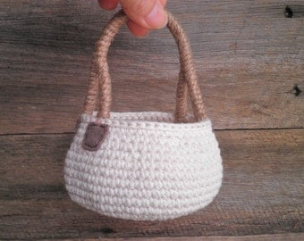 Big (for this shop) Round Crochet Basket with a Handle, Cozy Country Decor, Cottage Decor, Storage Basket, Gift for Women, Neutral Colors