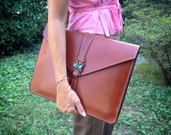 Document holder, handcrafted, leather Briefcase, laptop bag, comfortable, women, gift idea, unique, elegant, hand-sewn for you