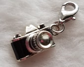 Camera Charm - Clip-On - Ready to Wear