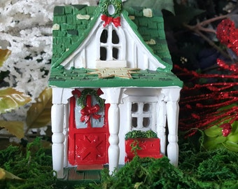 Miniature Christmas Cottage - Lights Up!