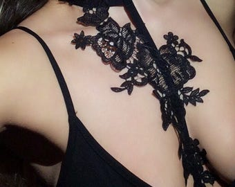 SABINA harness-choker