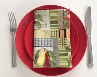Garden Inspired Cloth Napkins: Set of Eight