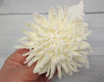 Bride gift Brooch flower Ivory flower Classic wedding Wedding brooch Bridal clip Bridesmaid hair Brooch bridal Ivory bride Bridesmaid hair