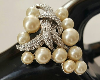 TRIFARI Brushed Silver And Pearl Pin (reserved)