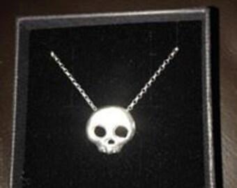 Sterling Silver Skull Pendant on 18in 2mm Belcher Chain