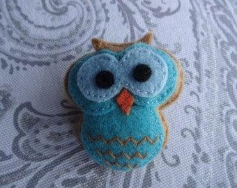 felt pin, felt brooch, felt owl