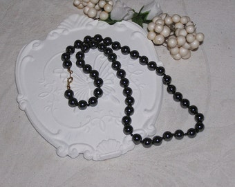 Beautiful Hematite short necklace