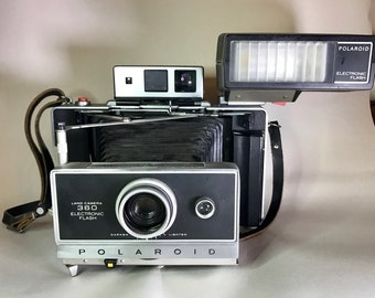 Polaroid Land Camera 360 With Flash and Cover (Vintage)