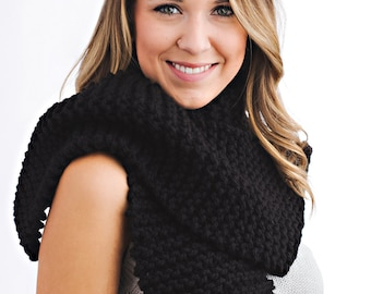 Classic Knit Scarf // Open-ended, Oversized