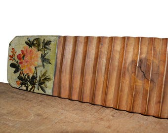 Hand-painted Walnut Washboard//Primitive Washboard with Hand-painted Peony