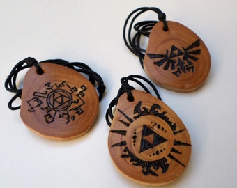 Zelda wooden necklace