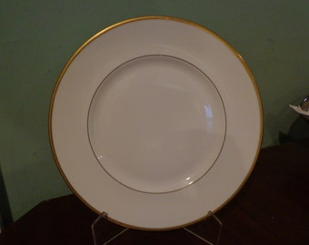 Royal Doulton Delacourt Dinner Plate 10 1/4""