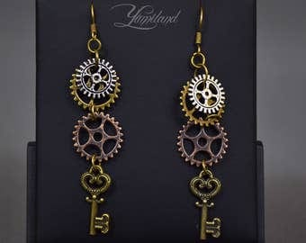 Handmade copper steampunk earrings with gears - Florence