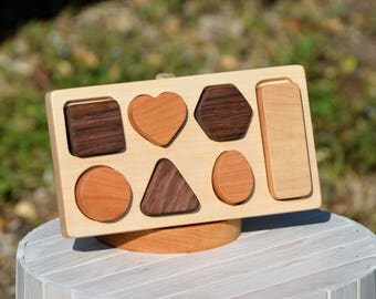 Personalized Organic Wood toy Wooden Shape sorter puzzle -  baby toddler toy   - shape sort shape puzzle toy Birthday Gift