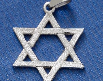 Vintage Pendant, Star of David, Sterling Silver, weight .08 grams