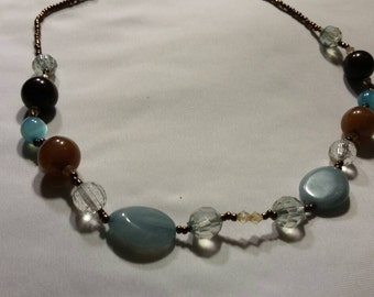 Lovely vintage beaded necklace