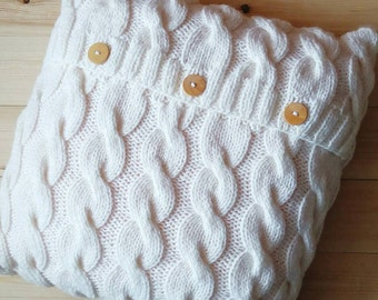 White Cable knitted Pillow Cover Hand Knit. 16x16 inches (40x40 cm). Hand Knitted Pillow Case. Sweater Pillow. Home Decor