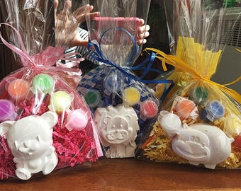 Animal party favors.ZOO party favors. Lion Teddy  Hippo.DIY. Creative. Comes assorted in the gift bags complete. Lion, hippo,Bear.