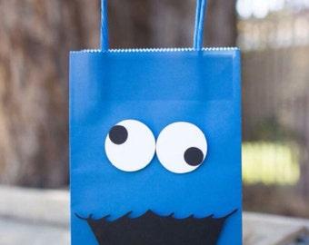 cookie monster bags - cookie monster goody bags - cookie monster - Sesame Street Birthday Party - Birthday favor bags (Set of 15)