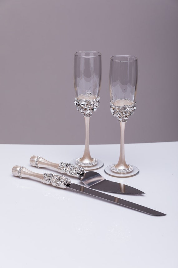 wedding cake serving set and flutes wedding silver glasses and cake server set cake knife silver 24298