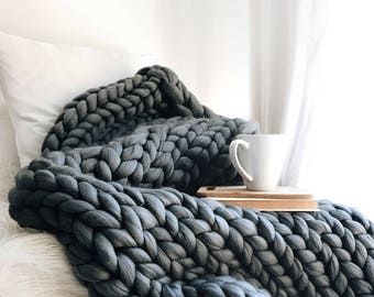 """Kit - DeBrosse """"Chamberlain"""" Extreme Knit Large Blanket - Everything you need to make this blanket in your choice of colour"""