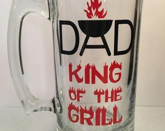 Dad Beer Mug, King Of The Grill Beer Mug, Personalized Dad Beer Mug, 25oz Beer Mug, Fathers Birthday Gift, Dad Gift