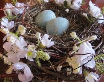 White Floral Bird Nest