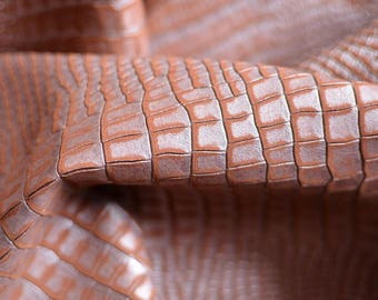 Silver salmon  Skin Natural Italian leather 7 sq ft 70 cm  x   48,60 cm ,   Thickness 1,2 mm  b801