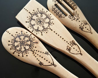 Set of pyrography mandala wooden spoon set, spoon, spatula and slotted spoon.