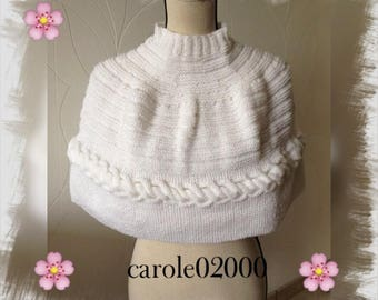 Poncho or warmer shoulder, adult/woman/teen spring soft lightweight and comfortable white woolen