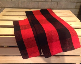 All linen to tableware and table linens style lumberjack red and Black 100/100 cotton