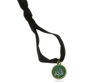 Celtic Trinity Circle Green Clovers Stretchy Elastic Hair Tie And Charm