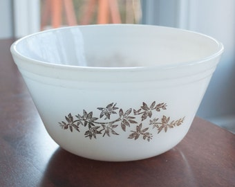 Vintage Mid Century Milk Glass Federal mixing Bowl silver leaf