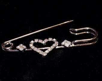 Heart Safety Pin Brooch/Silver HeartSafety Pin Jewelry/Safety Pin with Crystal Rhinestone Hearts/Heart Pin Brooch
