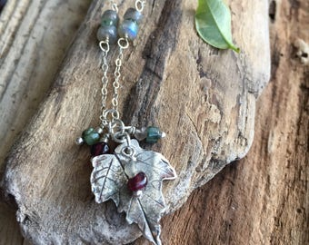 Pretty necklace /Gift for her/Fine silver/woodland  jewelry /Silver leaf necklace /women's  gift/labradorite/garnet/raw emerald/