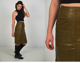 FREE SHIPPING Vintage Green Leather skirt,  Size Small, 1980s leather skirt, high waist pencil skirt, genuine leather  skirt, grunge skirt