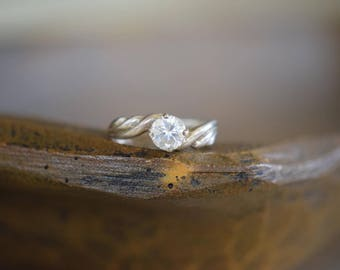 Faux Diamond Crescent Swirl Vintage Solitaire Silver 925 Ring, US Size 10.0, Used